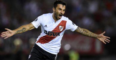"""Video: Scocco gambeteó a todos e hizo un gol """"Maradoneano"""" en River-Olimpo"""