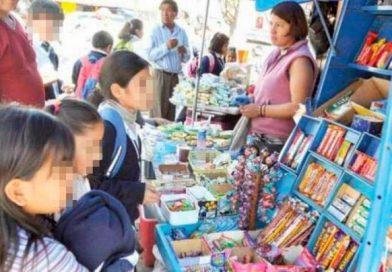 Defensa del Consumidor alerta sobre la comercialización de golosinas con forma de cigarrillo