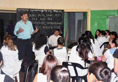 """""""No se van a cerrar los terciarios, la educación superior es una política de Estado en Salta"""""""