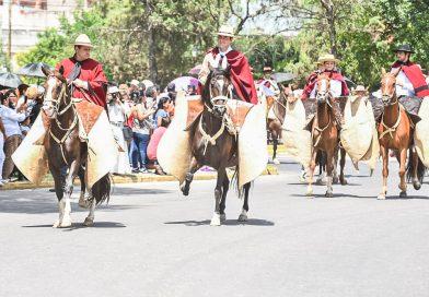 El pueblo de Salta honró a los héroes del 20 de Febrero de 1813