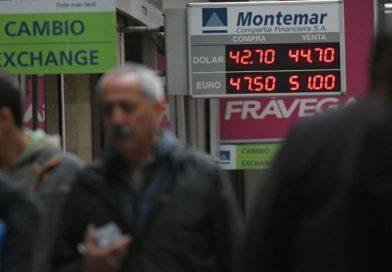 Se disparó el dólar y se acerca a los $45 en el Banco Nación