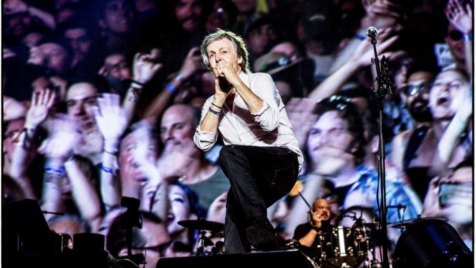 Buenos Aires revolucionada por la llegada de Paul McCartney