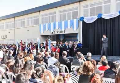 Urtubey inauguró el edificio escolar más grande de la provincia en barrio San Francisco Solano