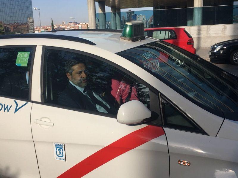 """El taxi de """"River"""" en el que viajó Angelici"""