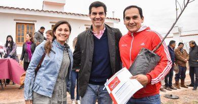 Cincuenta familias de Guachipas tienen desde hoy una casa propia