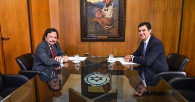 Urtubey se reunió con Sáenz para dar inicio al proceso de transición