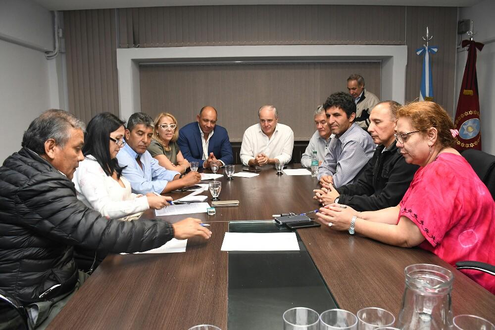 Consenso en educación: El Gobierno y los gremios llegaron a un acuerdo inicial